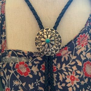 VINTAGE turquoise and sterling silver bolo tie
